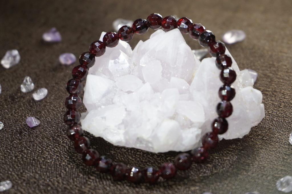 garnet-bracelet01