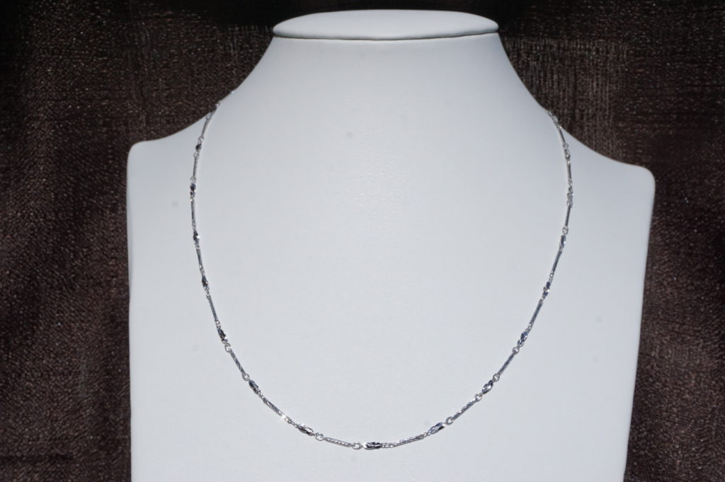 silver-necklaces-pendant-chain-02