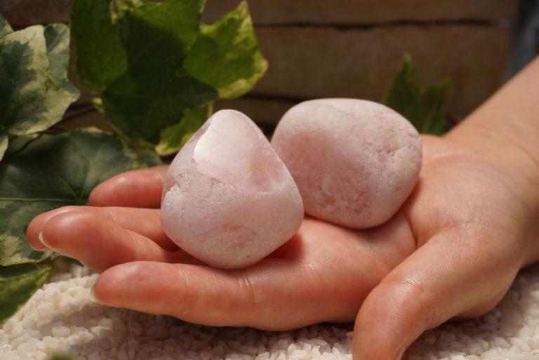 rose-quarts-riverstone