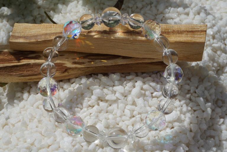 luna-flush-quarts-bracelet01