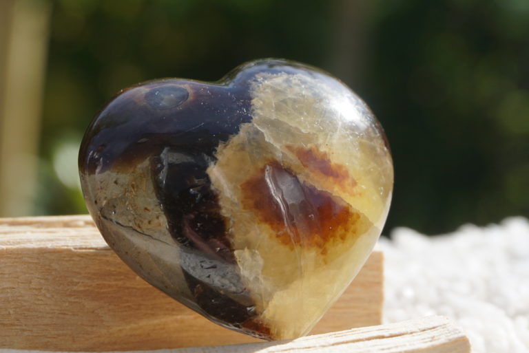 septarian-heart