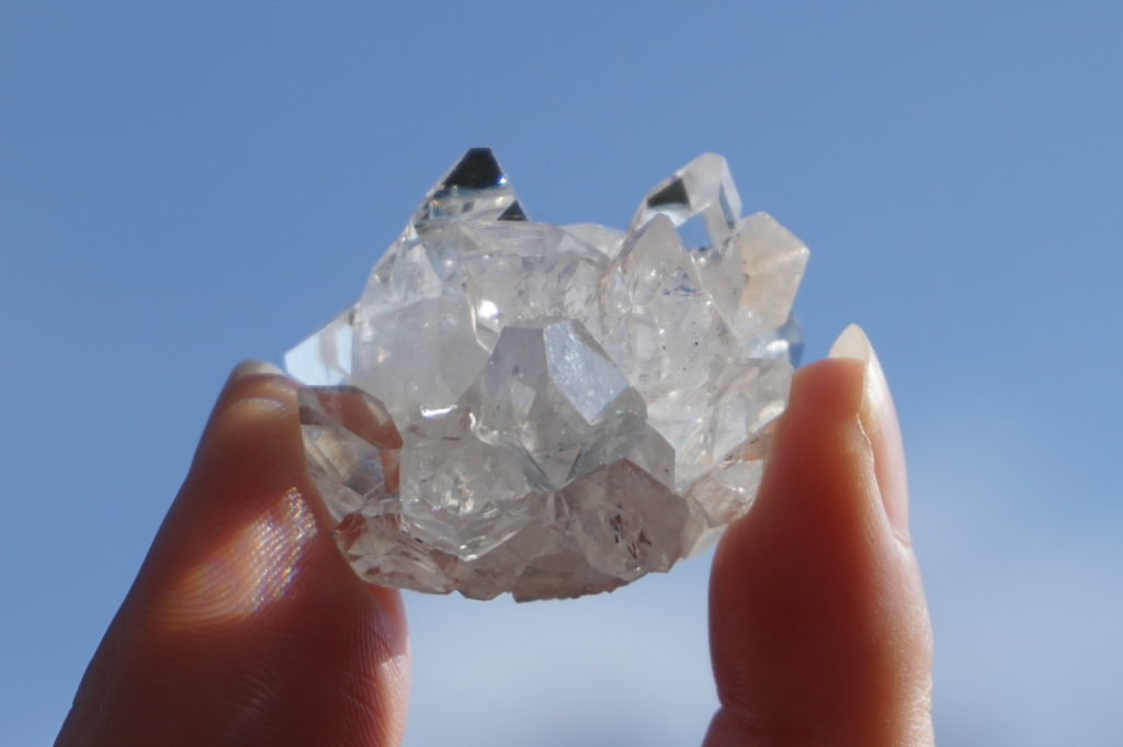 clear-apophyllite01