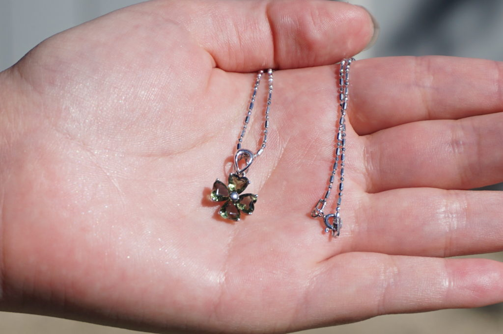 moldavite-pendant-top02