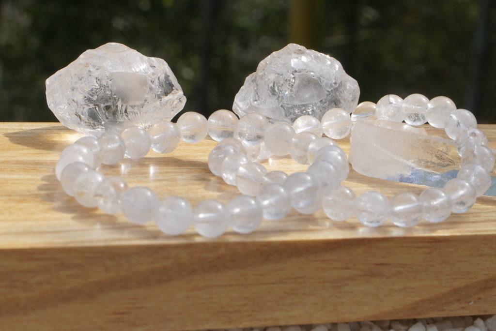 ヒマラヤ マニカラン産水晶原石&8ミリ玉ブレスレット 【希少】入荷しました