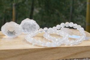 ヒマラヤ マニカラン産水晶原石&8ミリ玉ブレスレット 【希少】入荷しました-01