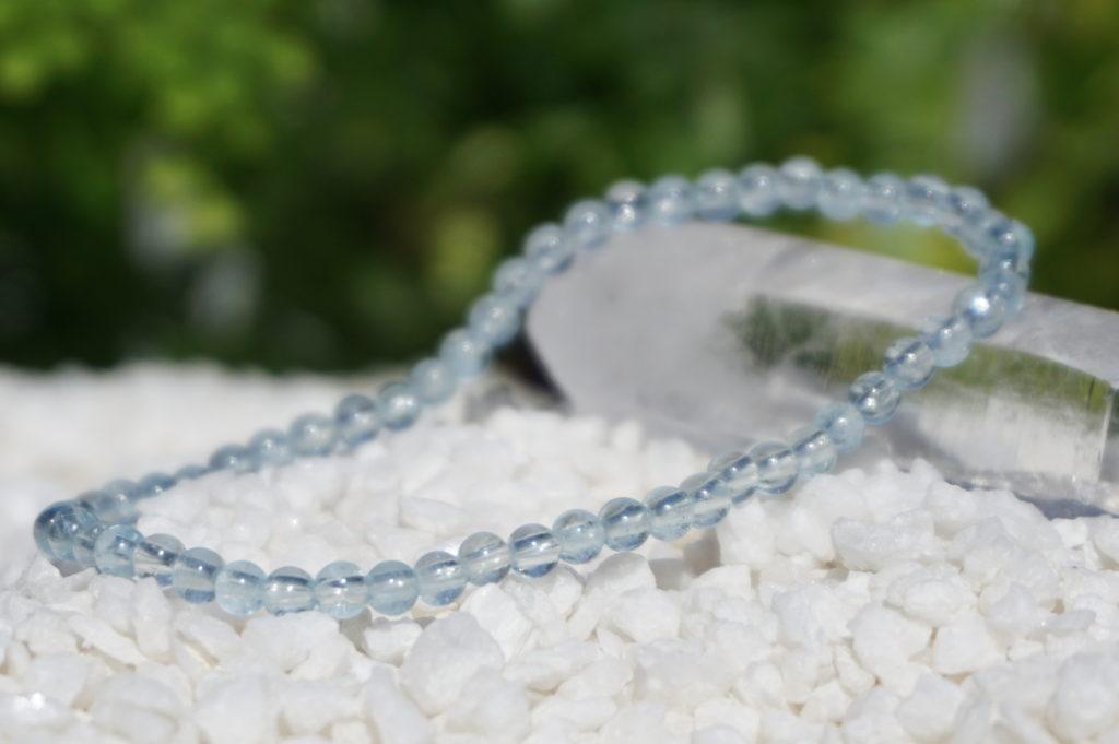 商品紹介⑭3月の誕生石「アクアマリンの3ミリ玉ブレスレット」