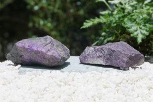 「スギライト原石」入荷しました-01