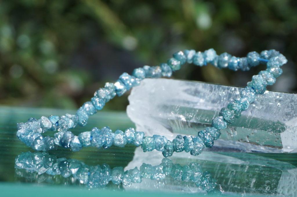 商品紹介⑳4月の誕生石「ブルーダイヤモンドブレスレット」