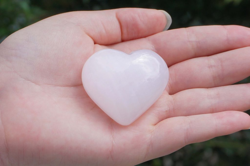 pink-calcite-heart02