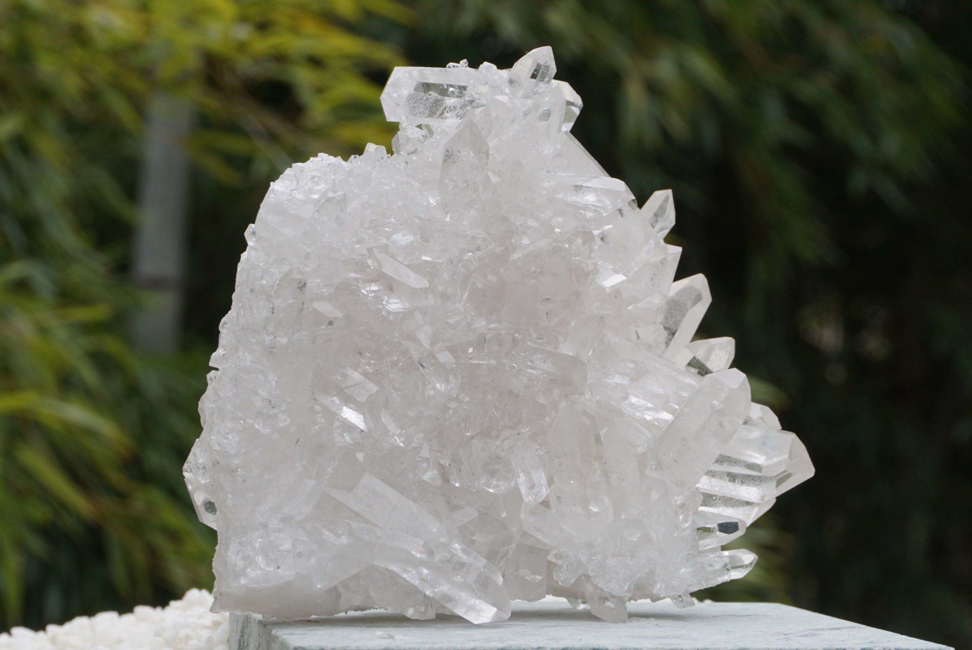 brazil-quartz-cluster04