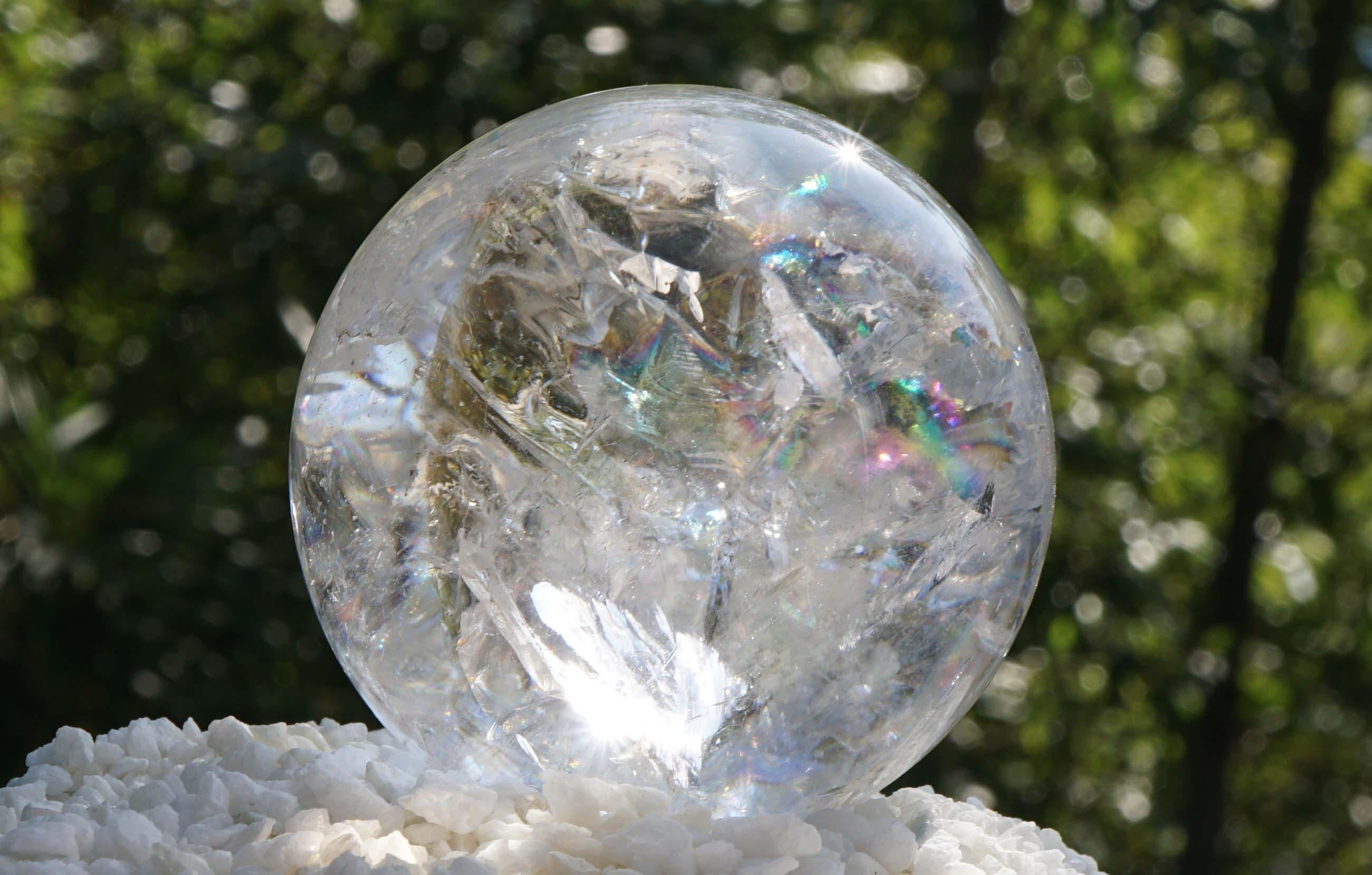 tocantins-crystal-sphere01