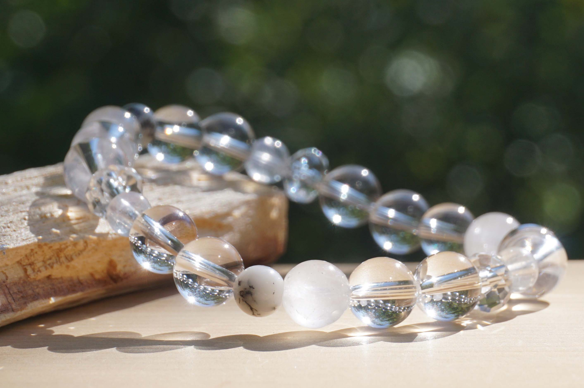 white-wizard-bracelet01