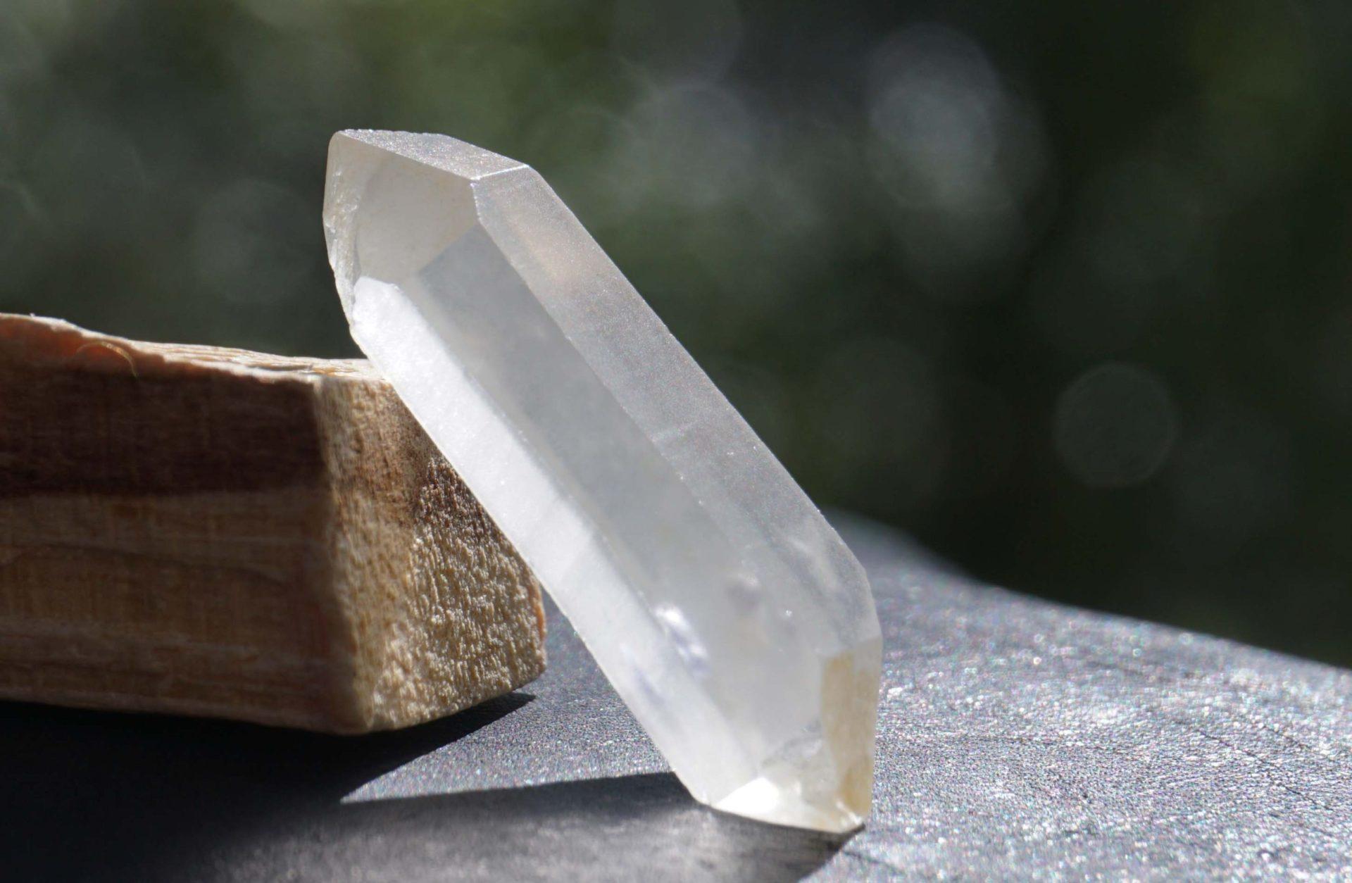 fluorite-in-quartz01