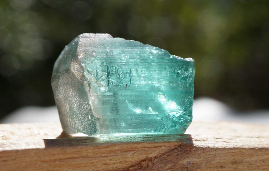 ナミビア産ブルートルマリン 結晶01-01