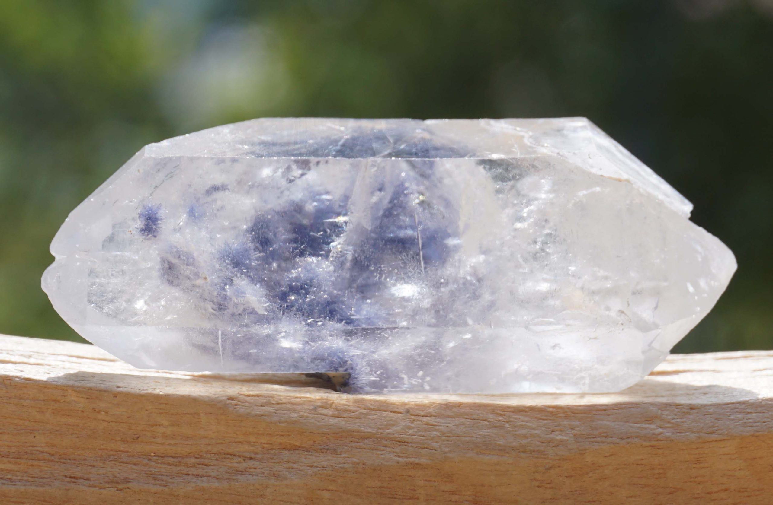 dumortierite-in-quartz14