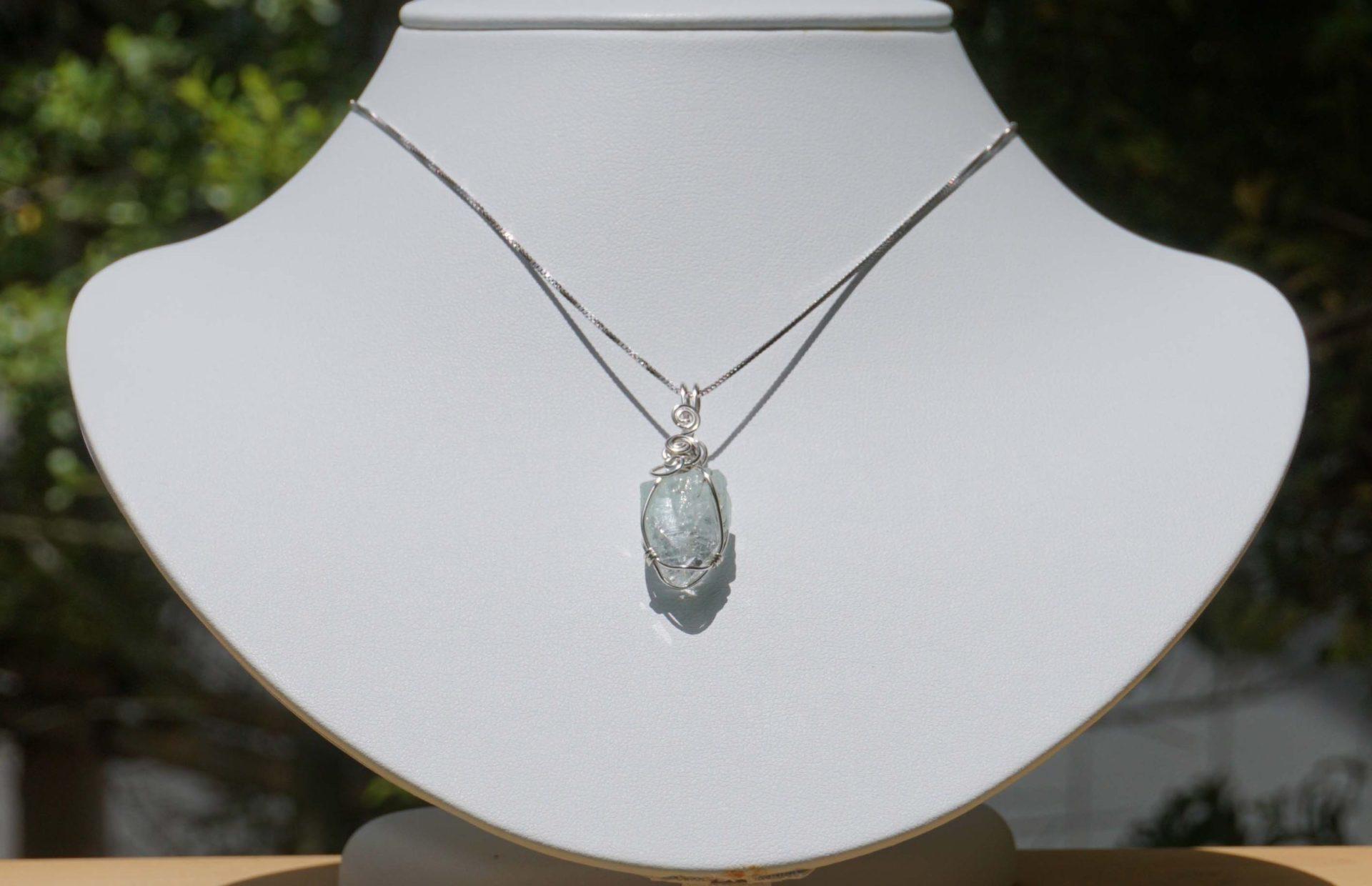 green-apophyllite-pendant08