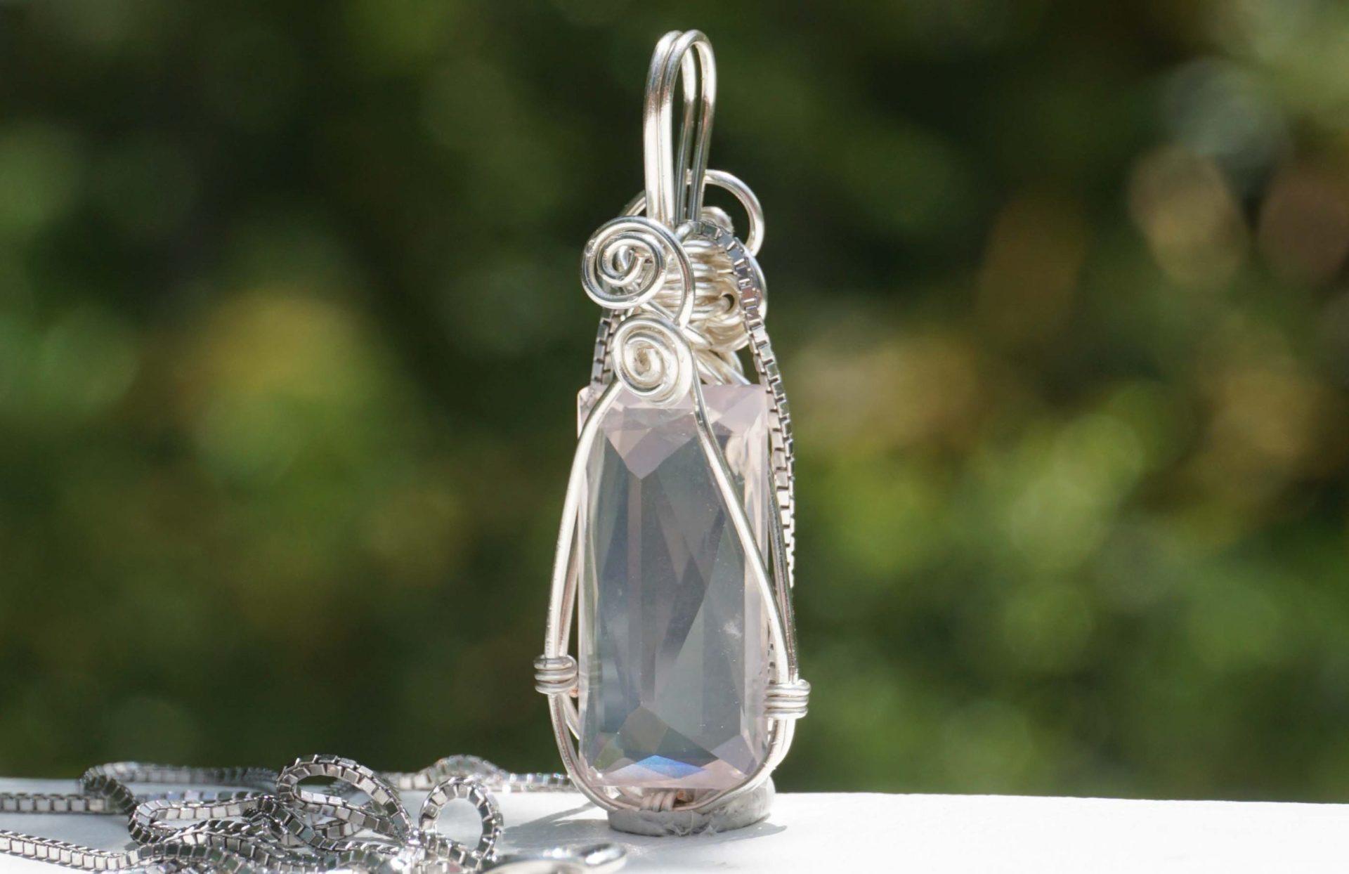 rose-quartz-wirepenant