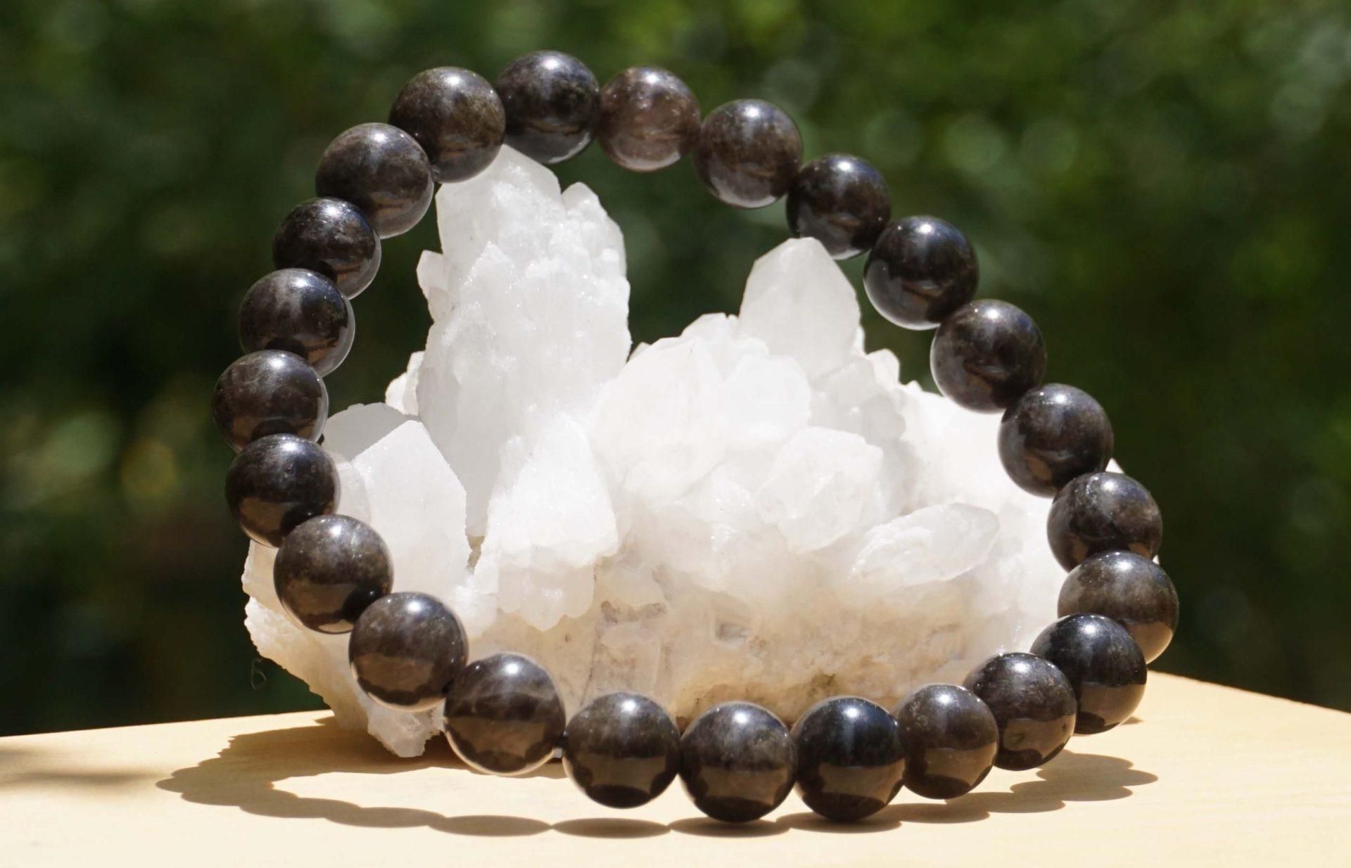 yamanashi-brack-quartz-bracelet03