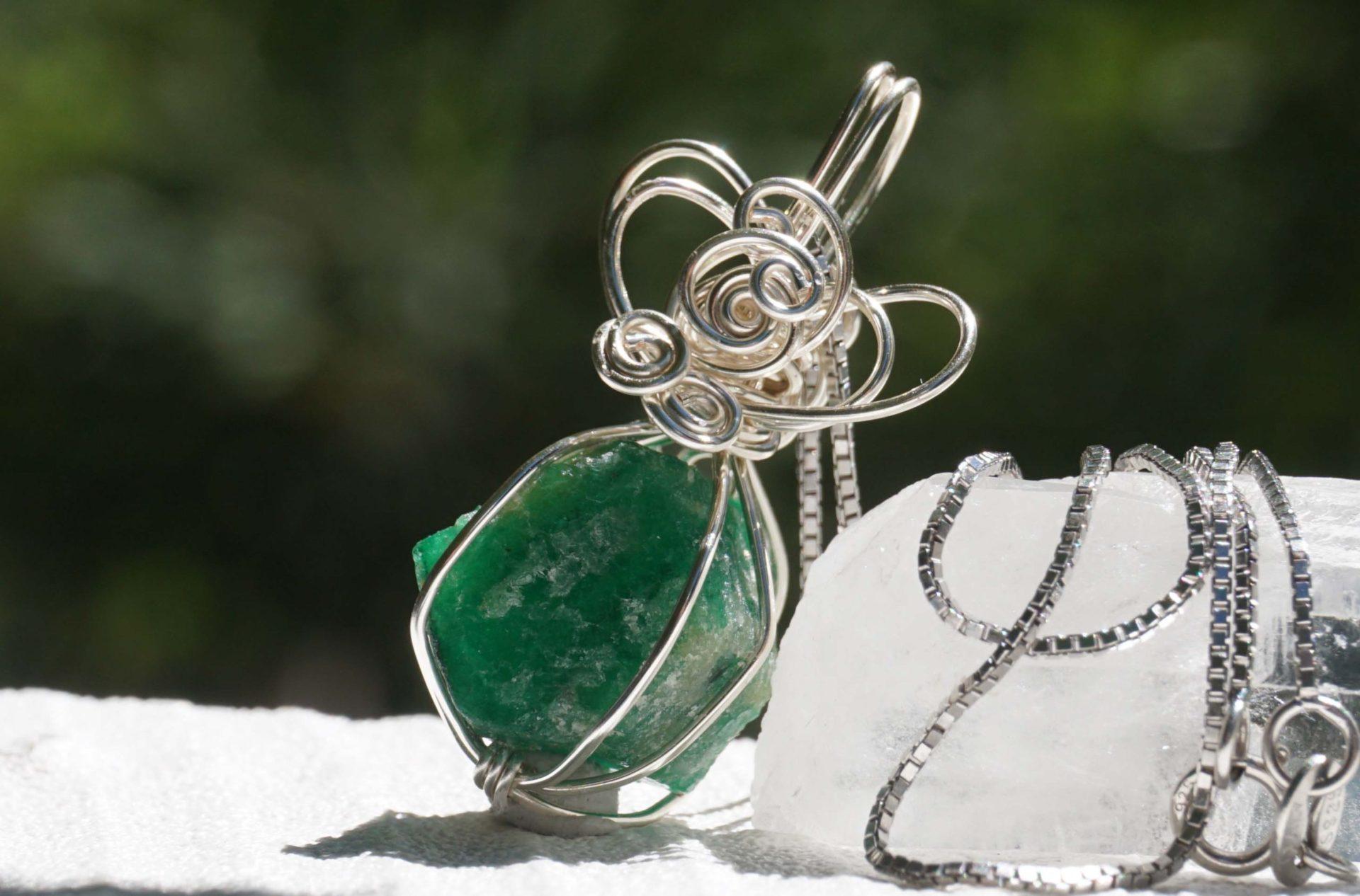 emerald-wire02
