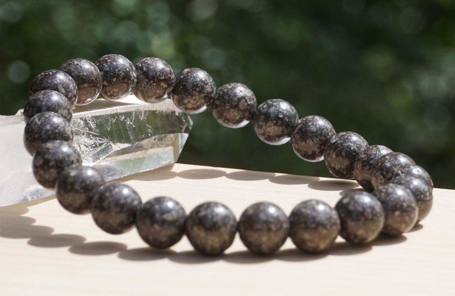 togakushi-stone-bracelet