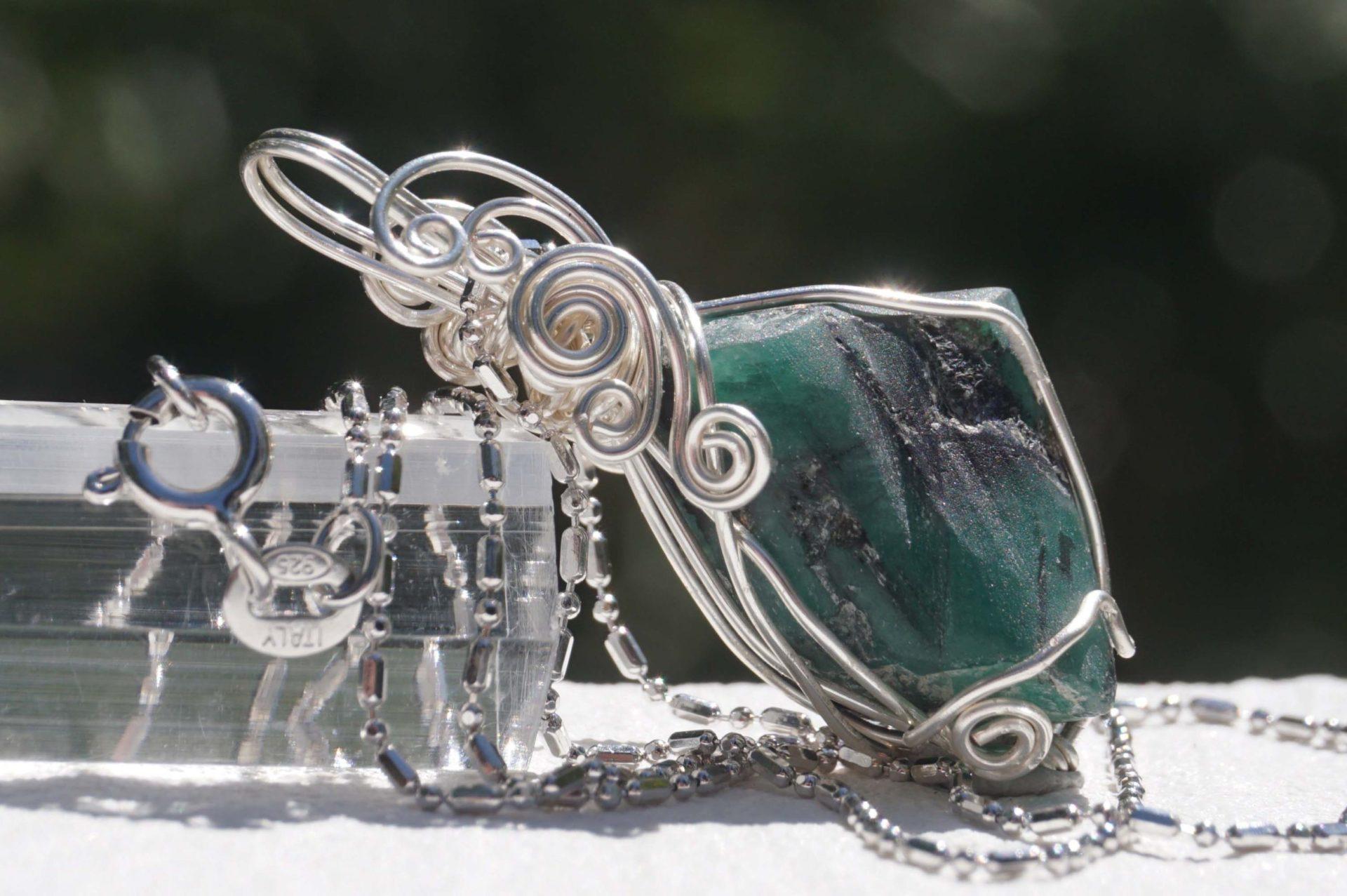 emerald-wire03