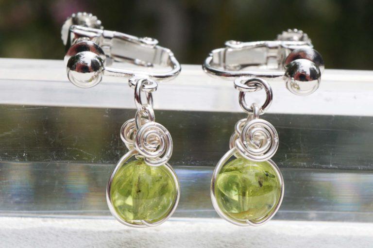 peridot-earring