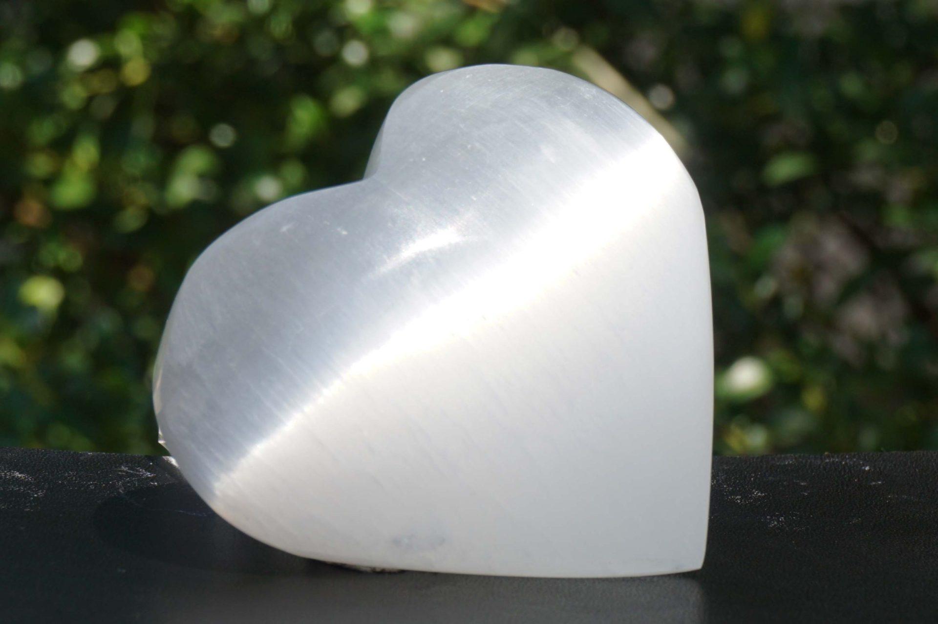 selenite-heart14
